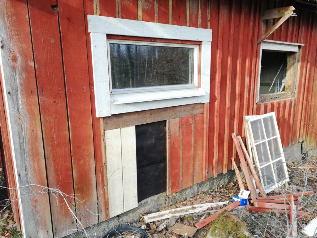fönster ladan